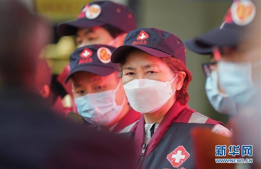 (聚焦疫情防控)(2)李兰娟院士医疗队返程