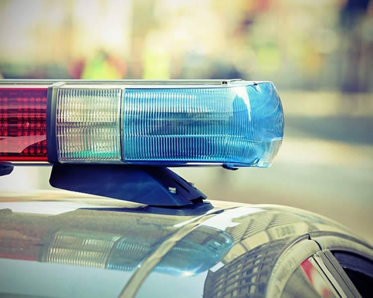 非法载客还拖行辅警十余米,男子涉嫌妨害公务罪被起诉