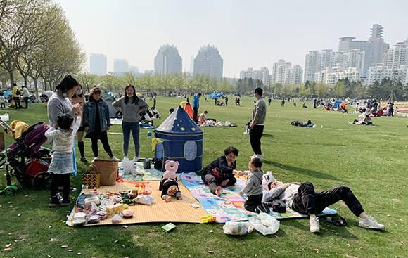 每日上限16000人!上海世纪公园连续两日实施限流措施