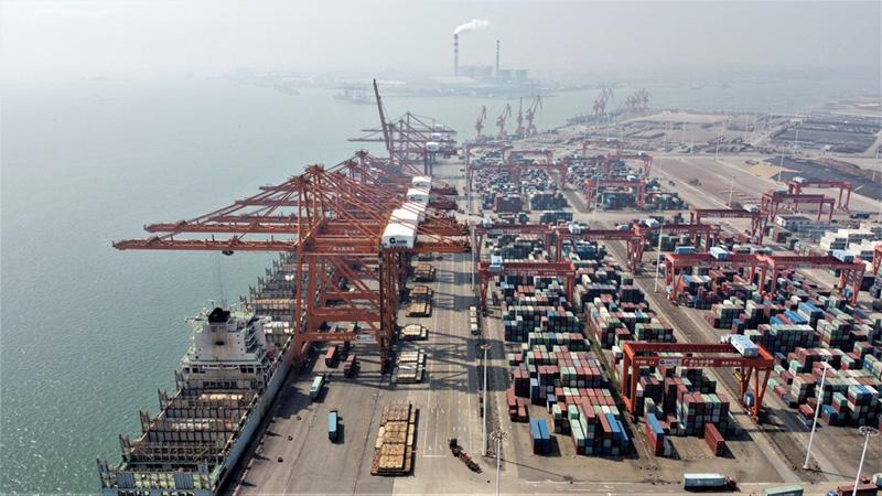 港口生产保畅 开放发展不停步