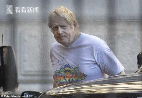 英国首相约翰逊病愈后开始晨跑,脸色苍白