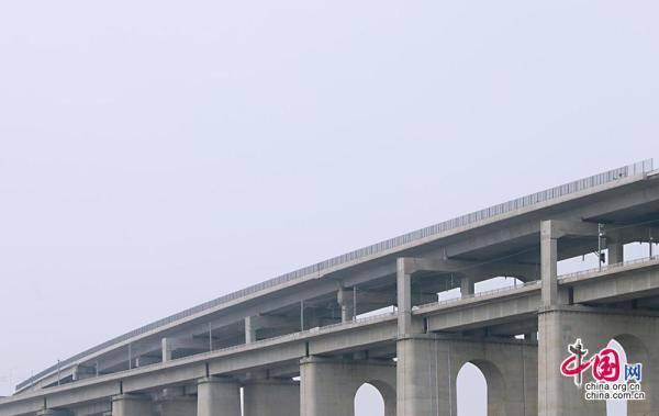 自然灾害及异物侵限监测系统为通沪铁路保驾护航[组图]