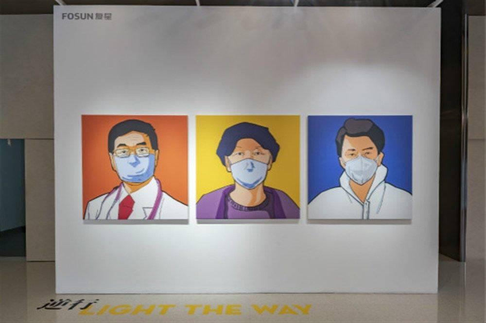 """用""""波普艺术""""描绘平民英雄,这场""""战疫展览""""还原120天真实经历"""