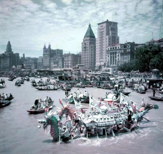 碱水粽、吃枇杷、赛龙舟……老上海的这些端午习俗,侬还记得伐?