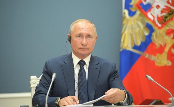 普京:美国对叙制裁属非法行为