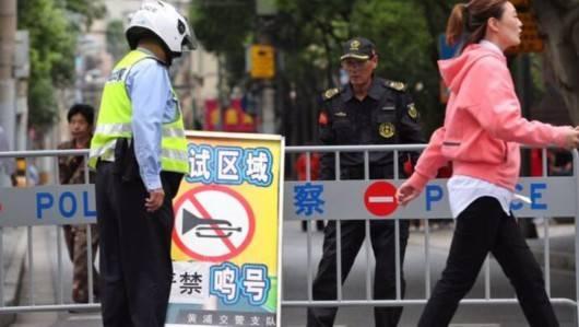 """上海公安全力""""护考"""":保障考点测温秩序,必要时将采取临时交通管制措施"""