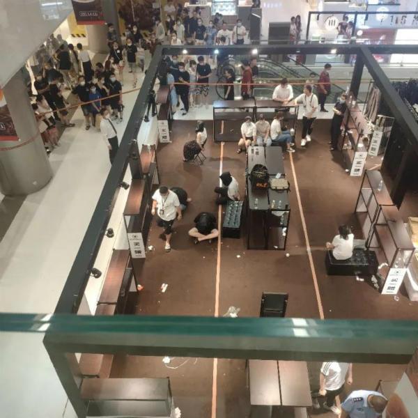 五角场合生汇商场假货柜台涉案两人被批捕