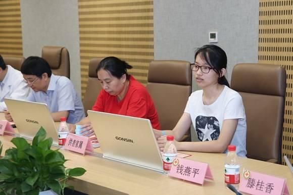 """沪上""""髓缘""""第500例!大学女生成功捐献造血干细胞救助1岁白血病幼儿"""