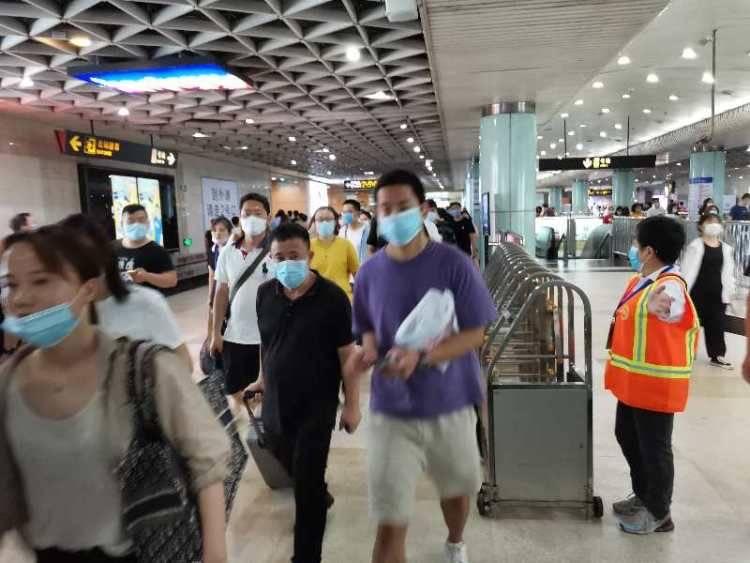 近期南京东路站客流有所增加