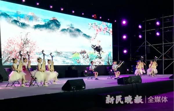 杨浦滨江秀才艺 睦邻文化乐淘淘