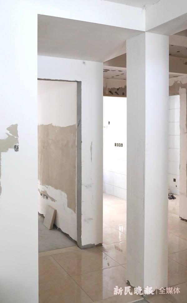 城管局长接热线 | 底楼居民毁坏三处承重墙 后果很严重