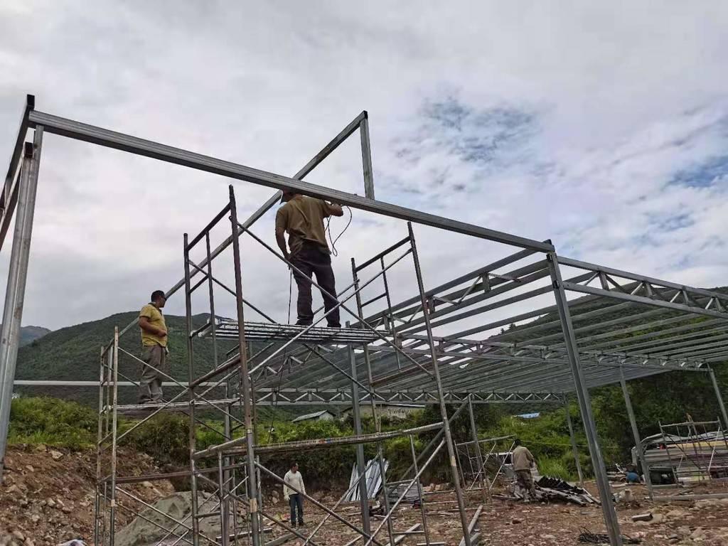 挖掘尔苏藏族文化,绵竹助甘洛打造民宿促增收