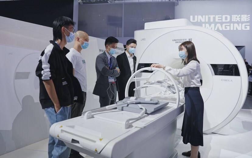 """系列""""世界首创""""亮相亚洲最大医疗器械展 国产临床及科研大设施迎来""""智""""变"""