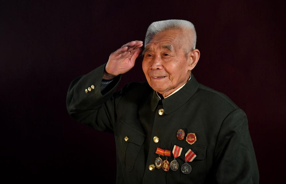 纪念抗美援朝70周年 | 致敬最可爱的人——解永江