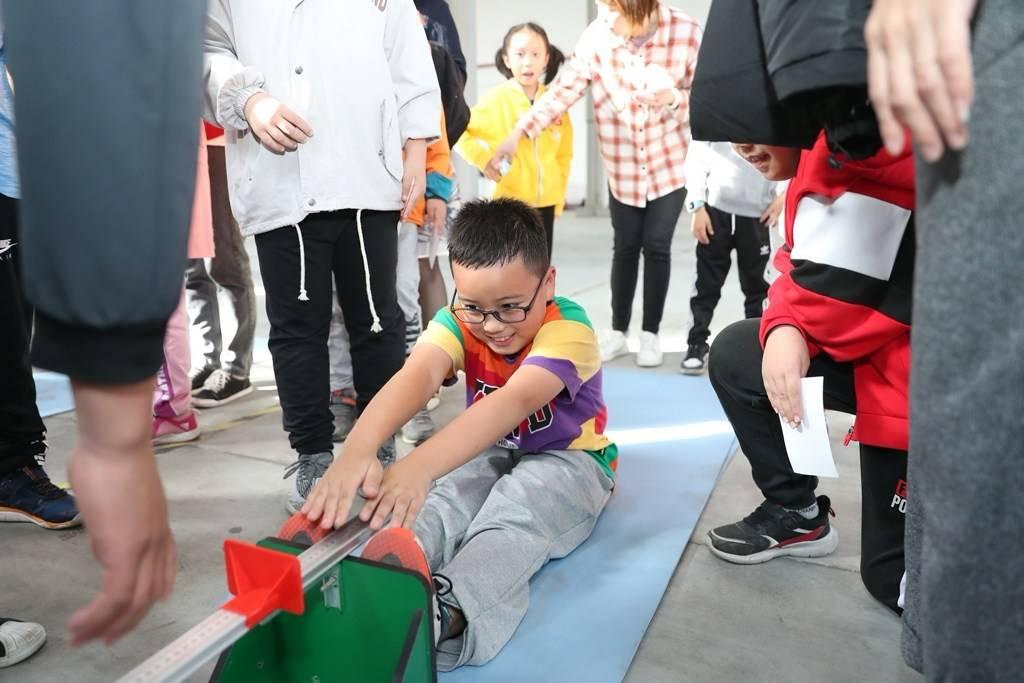 如何科学锻炼看这里 国家体育锻炼标准达标测验活动在奉贤举行