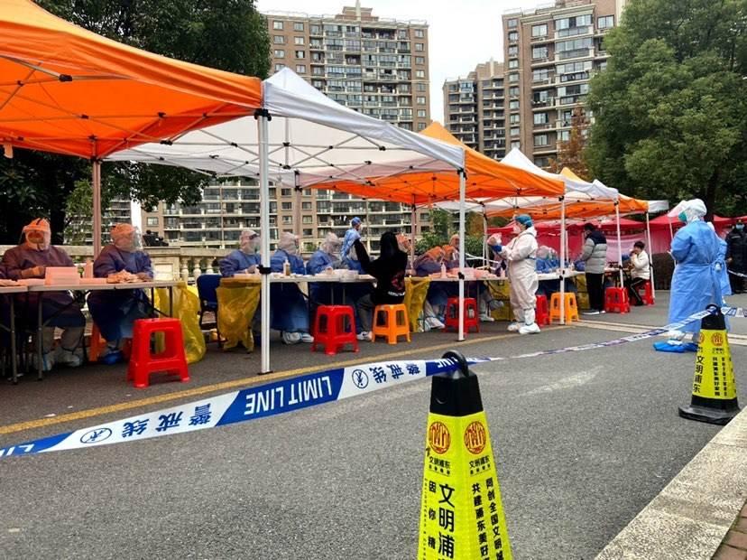 明天华城完成第三次全员核酸检测 居民期盼解封