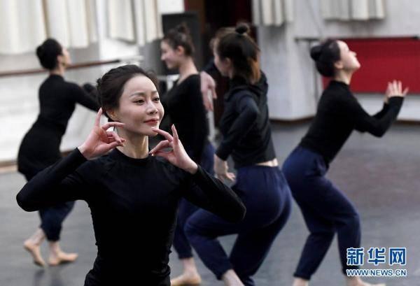 摩登5娱乐2021年河南春晚上,舞蹈节目《唐宫夜宴》火遍网络,受到众多网友赞誉(图16)