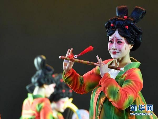 摩登5娱乐2021年河南春晚上,舞蹈节目《唐宫夜宴》火遍网络,受到众多网友赞誉(图19)