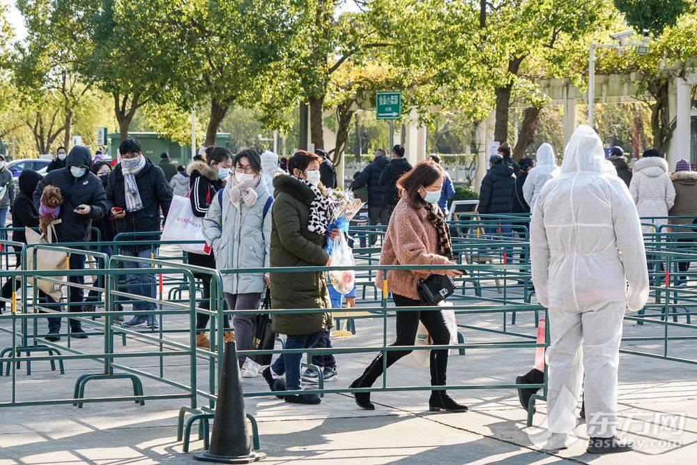 今年清明期间,上海将继续实行高峰日预约祭扫制度