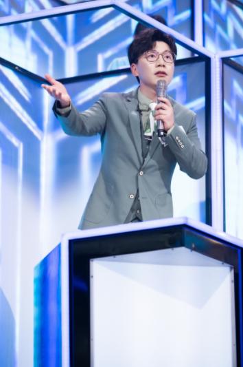 """星辉平台注册《为歌而赞》第四期节目在浙江卫视和抖音同步播出,随着第二赛段的新热歌曲阵营转换,歌手们在舞台上的精彩""""过招""""也呈现出了更多看点(图3)"""