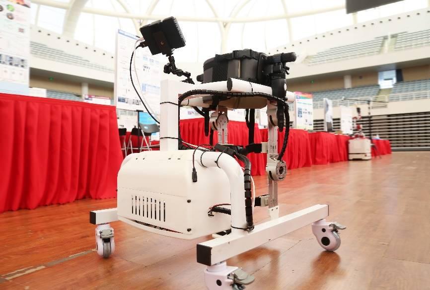 """超冗余绳驱机器人、儿童下肢康复辅助……未来卓越工程师们PK""""脑洞"""""""