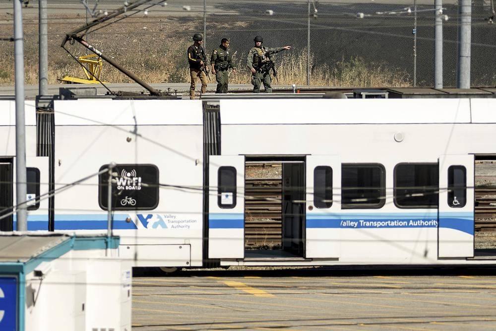 加州硅谷爆枪击案造成至少9死1伤,凶手当场自杀身亡