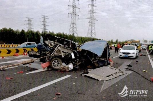 惨烈!来沪司机疲劳驾驶13小时酿车祸:车体粉碎,致1死3伤