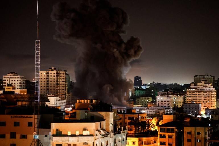 """风暴眼中的东耶路撒冷居民:战争停歇,三代祖宅依然""""生死未卜"""""""