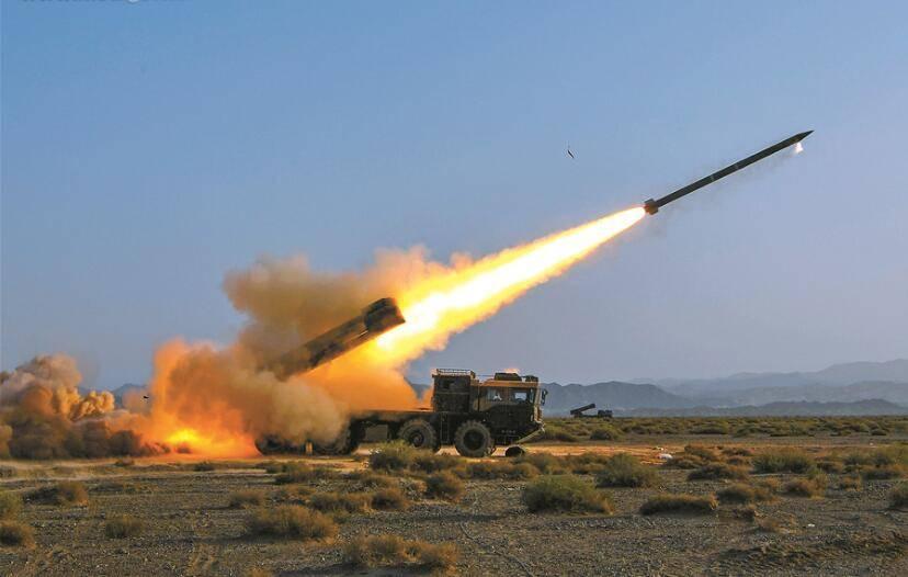 首次!300毫米远火精准命中海上移动目标 解放军近期密集展示反舰能力