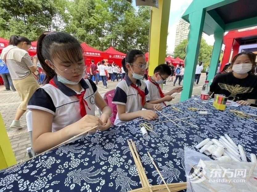 """学党史、绘长卷、读经典 杨浦区为孩子奉上节日""""大餐"""""""