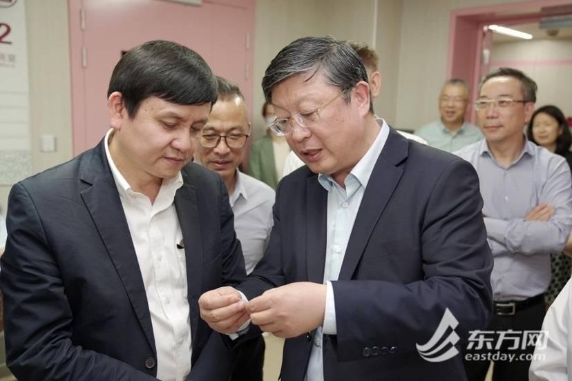 全国首个中西医结合疫病防治基地在上海岳阳医院落成