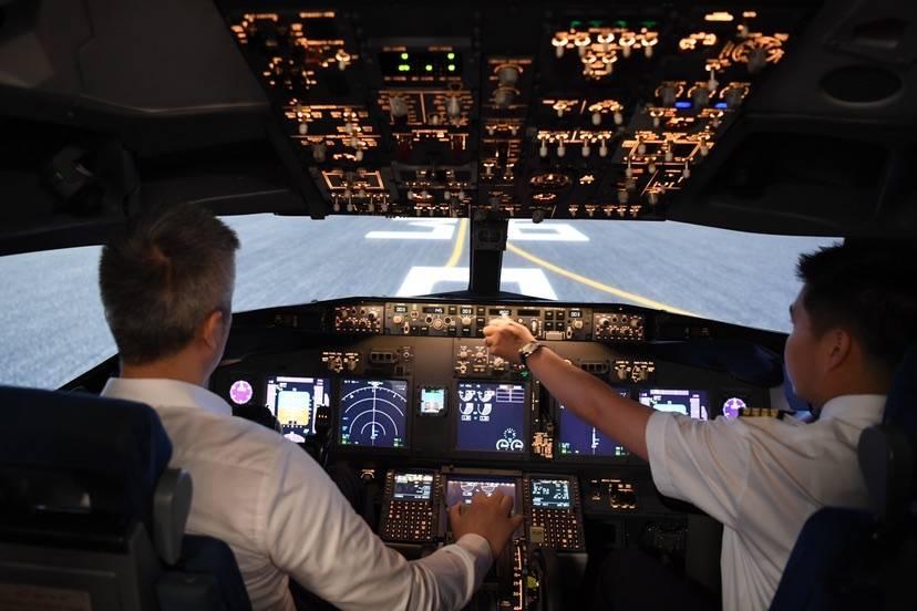 十年磨一剑 上海工程大自主研发建成我国首个D级飞行模拟机