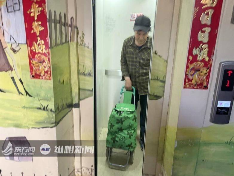 """""""公交电梯""""到底靠谱吗?我们探访了北京三年前首批加装的小区"""