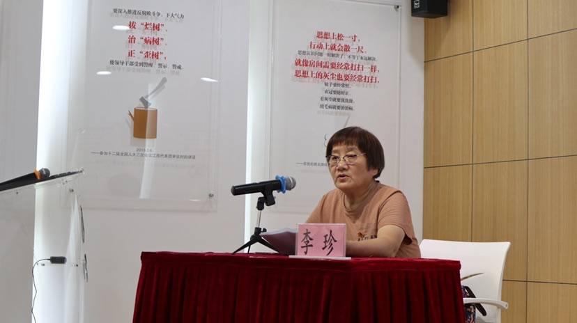 """73岁""""老知青""""活跃在社区 红色党课、疫苗宣传全靠""""现身说法"""""""