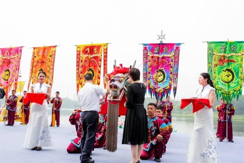 """来美兰湖""""打卡""""国家级非遗项目 2021罗店龙船文化节开幕"""