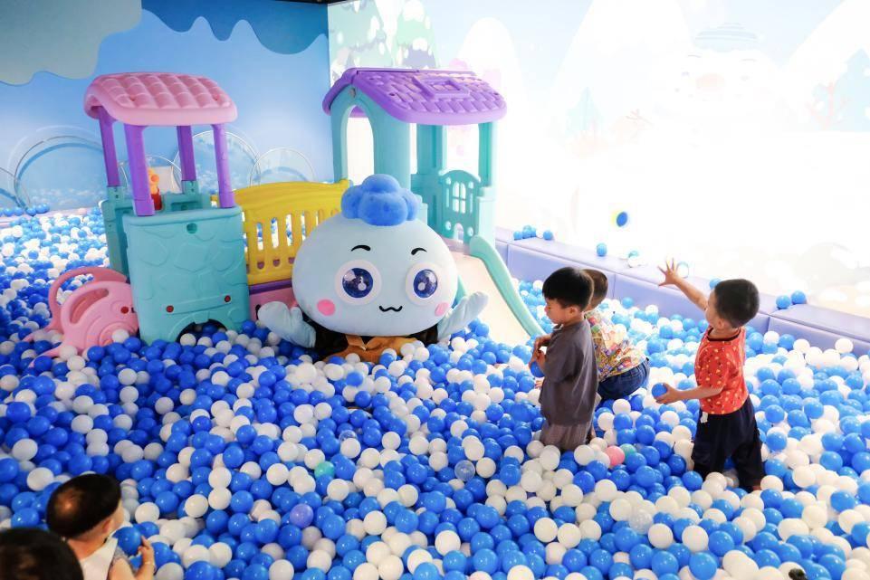 18W+个海洋球梦幻来袭!云堡二十四节气馆亮相嘉善大云