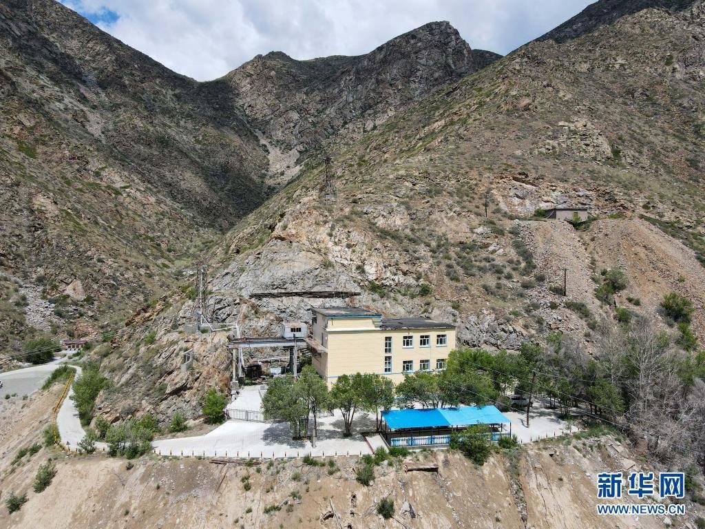 新华全媒+|新疆可可托海:地下136米的水电站