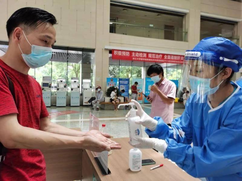 措施再升级!进入医疗机构,浙江提出新要求,全省多地防控升级