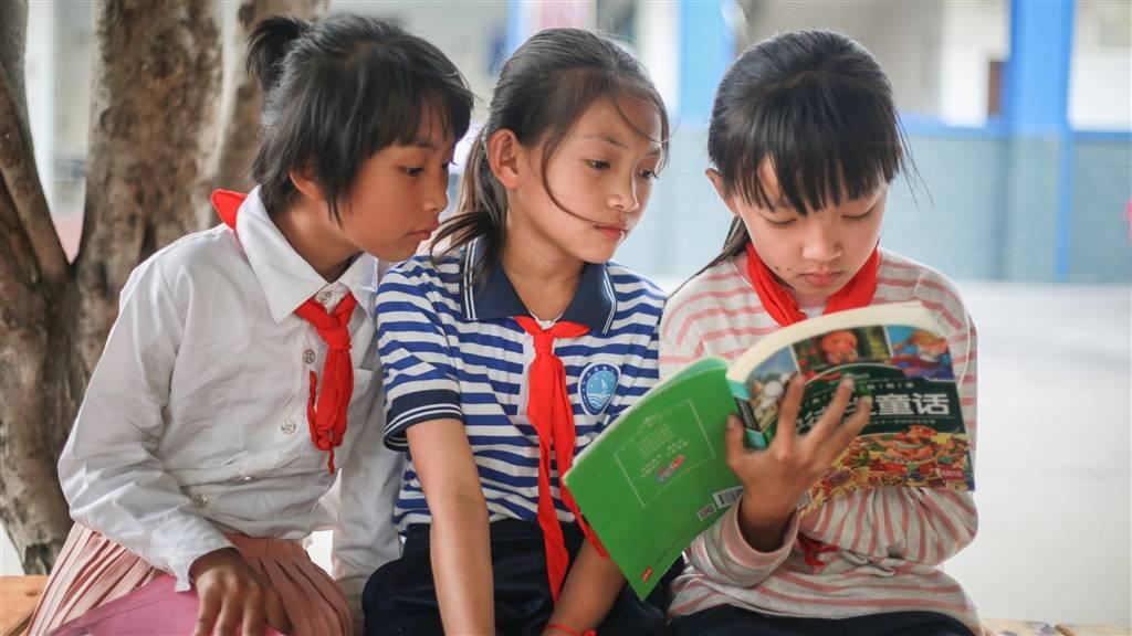 阅读也能做公益  网文作家、读者携手打造乡村小学图书角