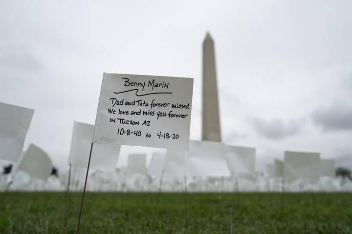 全球连线 丨 每500名美国人中1人死于新冠 拜登急了!