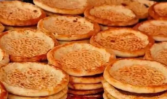 月饼的七十二变――从寻常小饼到官方指定用饼