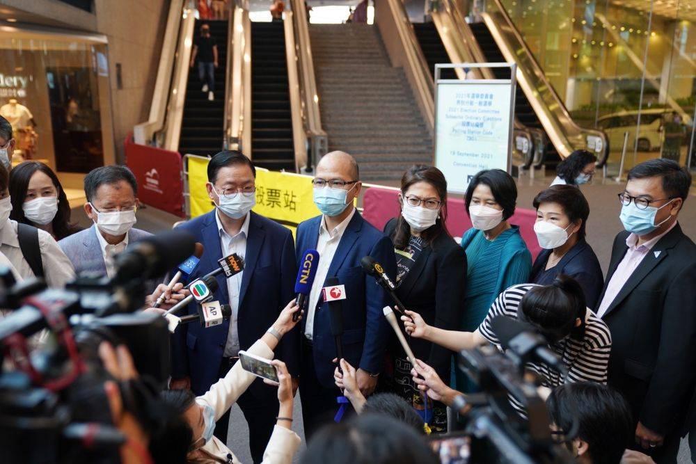 香港舆论:高度评价新选举制度下首场选举