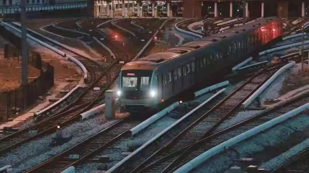 中秋假期 京港地铁所辖各线客运量共计325.4万人次