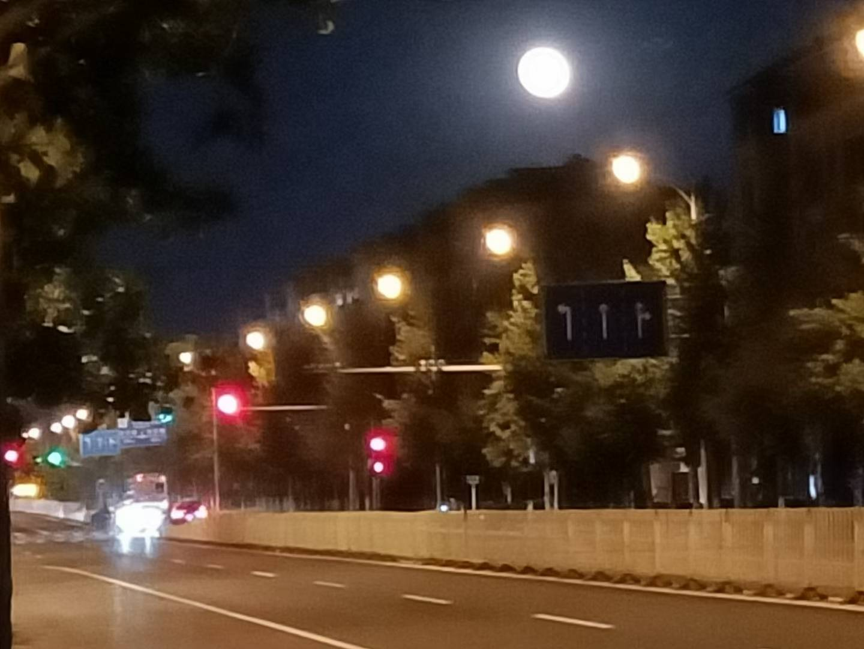 月圆人团圆 南宫千灵山花园旅游小镇和北京名胜古迹一起迎中秋