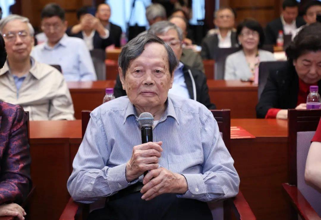 杨振宁百岁诞辰发表演讲:但愿人长久,千里共同途