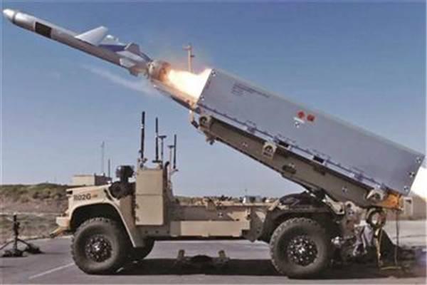 """美军测试""""复仇女神""""岸舰导弹系统 专家:以陆制海搞""""大国对抗..."""