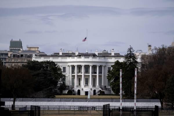 美债违约风险逼近,白宫通知联邦机构做好停摆准备