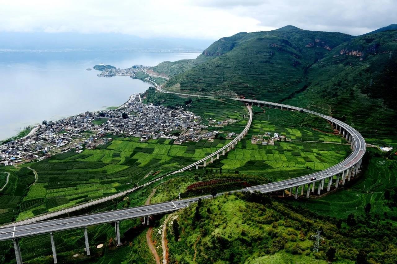 """大丽高速公路荣获""""2021年FIDIC全球工程项目优秀奖"""""""