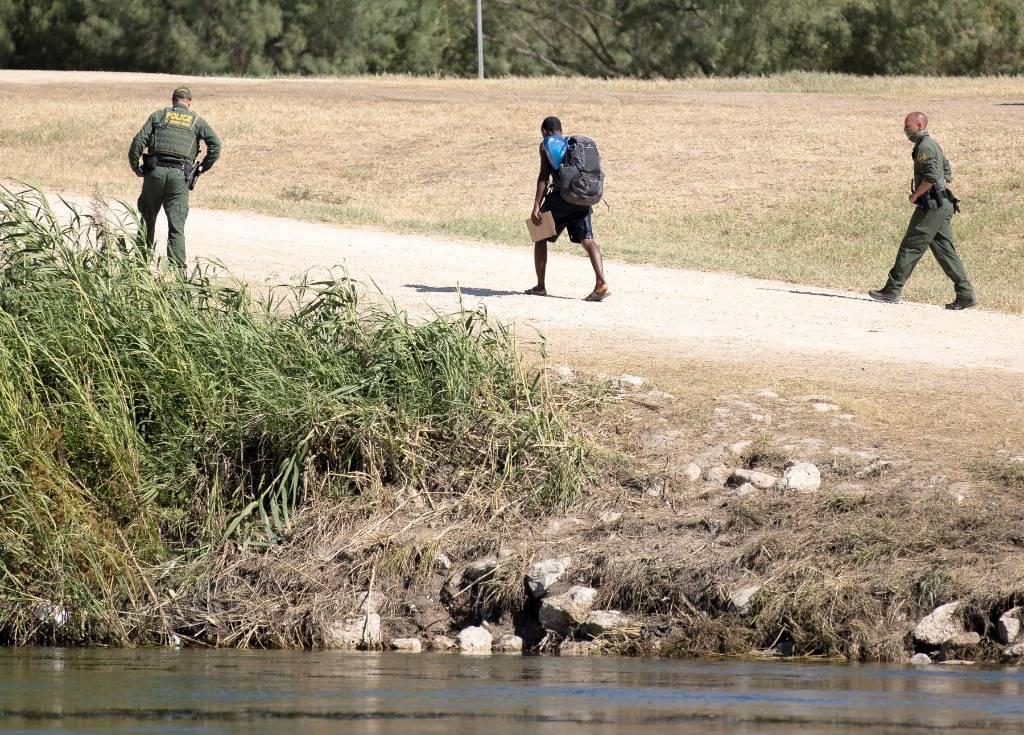 美国驱逐移民做法引震惊 海地总理呼吁结束不平等