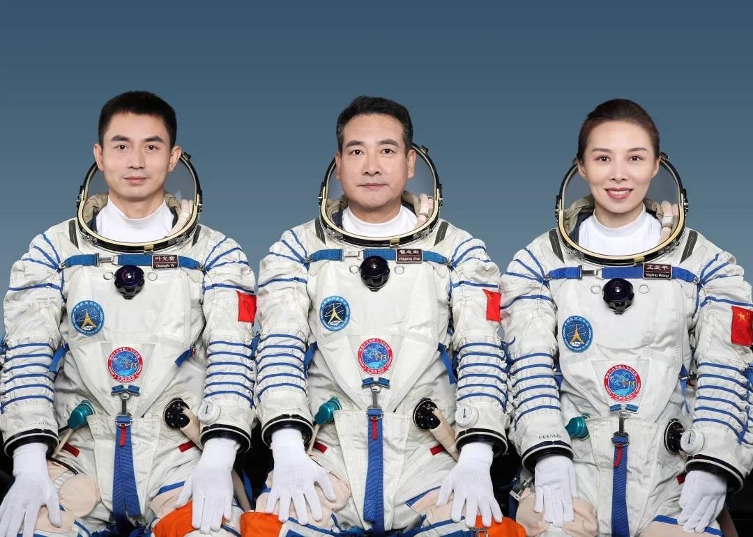"""180天超长待机,新""""太空出差三人组""""十大看点"""